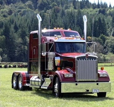 2014 Kenworth Glider Built Truck